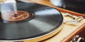 """Đĩa nhựa vinyl """"hồi sinh"""" với phiên bản HD"""