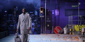 Louis Vuitton FW19: Tượng đài nghệ thuật Michael Jackson!