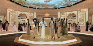 "Triển lãm bom tấn ""Christian Dior: Designer of Dreams"""