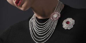 Chanel lần nữa đánh thức vẻ đẹp hoa camellia huyền thoại