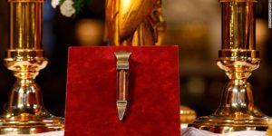 Những di sản nghệ thuật vô giá bên trong Nhà thờ Đức Bà Paris