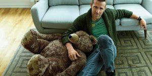 """""""Tủ đồ trống trơn"""" của chàng """"Deadpool"""" Ryan Reynolds"""
