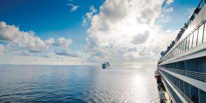 ECOXURY: Siêu du thuyền Crystal nói không với ống hút nhựa