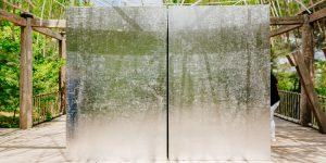 """""""Nhà Bạc"""" của Nghệ sĩ Tia-Thủy Nguyễn được trưng bày tại Château La Coste, Pháp"""