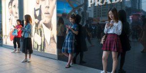 Thế hệ Z trở thành động cơ tăng trưởng tiếp theo của thương hiệu xa xỉ