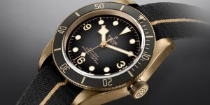 Editor's pick: Tudor Black Bay Bronze – chất đồng thời thượng