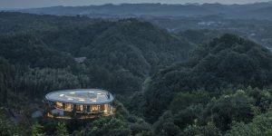 Bên trong khách sạn hùng vĩ nhất thế giới Pingjiang Homey Wild Luxury Hotel
