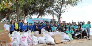 ECOXURY: The Body Shop tổ chức Ngày dọn dẹp bãi biển Long Hải