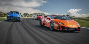Car review: Lái thử Huracán EVO Lamborghini