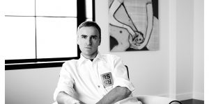 Raf Simons: Sự khai sáng của Maison Martin Margiela và ý nghĩa trí tuệ của thời trang