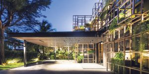 """Chiêm ngưỡng ngôi nhà """"ốc đảo trong lòng ốc đảo"""" tại Sentosa Cove"""