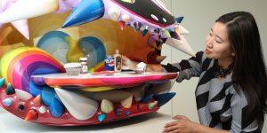 Tác phẩm điêu khắc của Takashi Murakami x Pharrell Williams chạm mức đấu giá 2,6 triệu USD