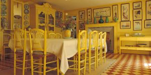 Biệt thự vườn rực rỡ sắc màu của danh họa Claude Monet