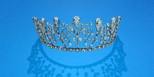 Chaumet in Majesty: Cuộc viễn du vào lâu đài vương miện của Chaumet