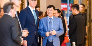 Covid-19: Thất thu nặng nề, giới kinh doanh xa xỉ Việt vẫn hành động vì cộng đồng