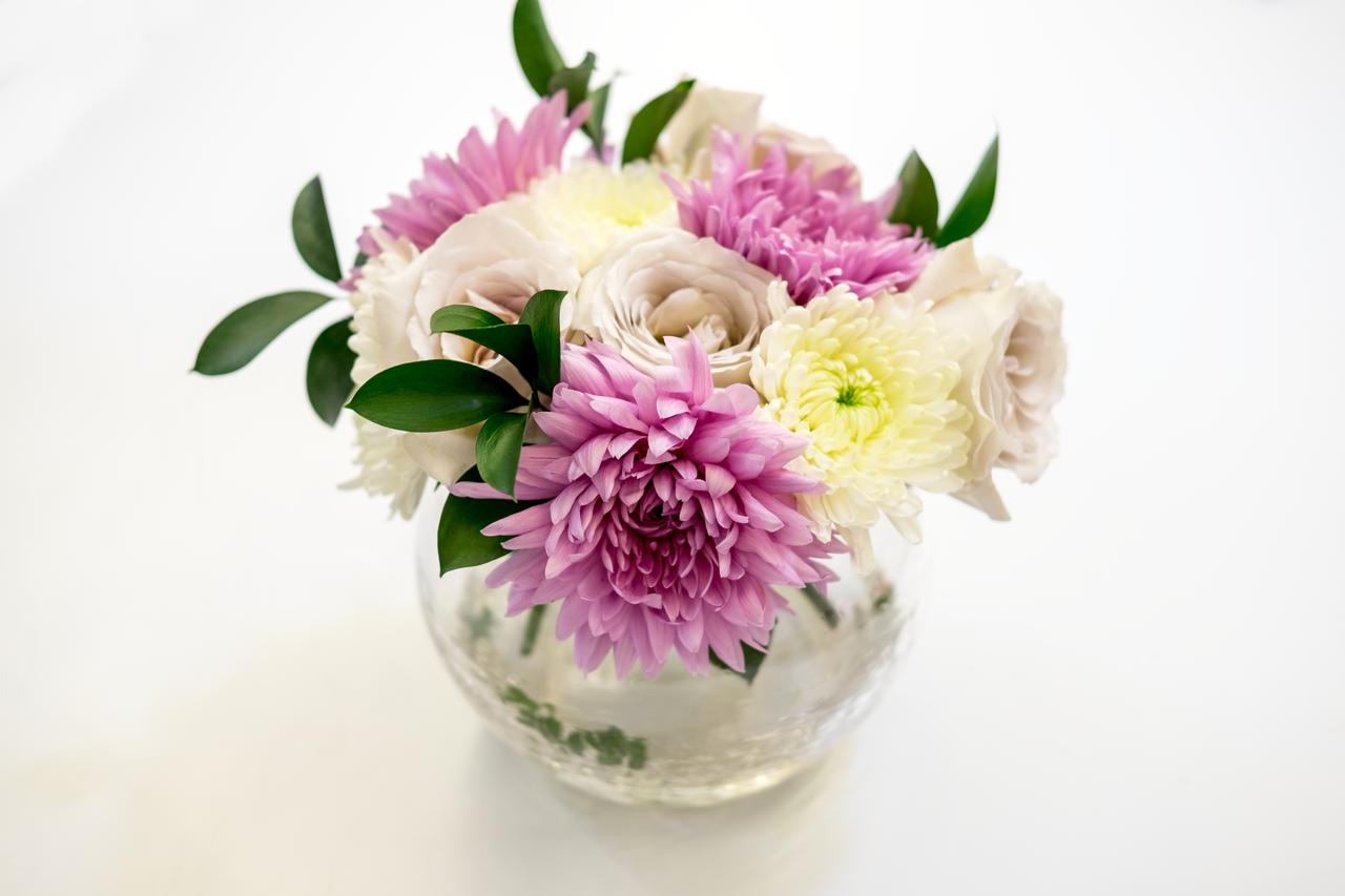 6 phong cách cắm hoa bạn có thể dễ dàng làm tại nhà