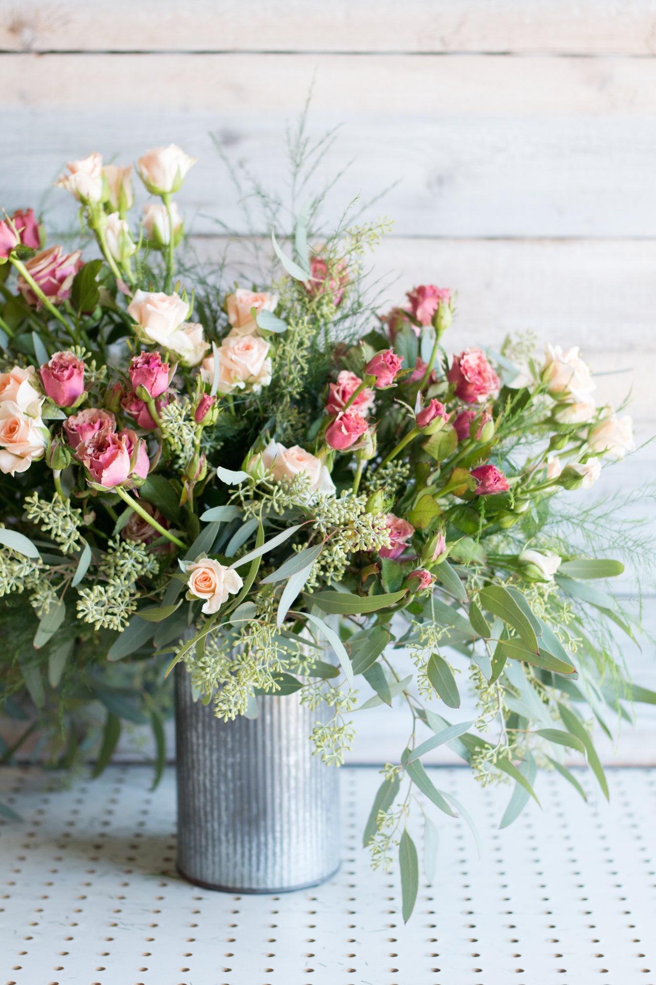 6 phong cách cắm hoa bạn có thể dễ dàng làm tại nhà-2