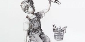 """""""Siêu nhân y tá"""" của Banksy: Lời tri ân đến những anh hùng trong đại dịch"""