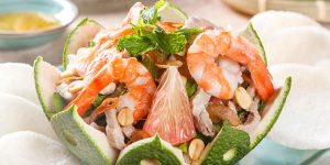 Art of Home Dining: Làm dịu cơn nóng mùa hè cùng Gỏi Bưởi Tôm Thịt