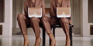 LUXUO POINT: Khác Chanel và Louis Vuitton, vì sao Burberry giảm giá bán sau báo cáo giảm 3% doanh thu quý 1 ?