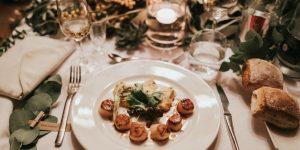 Art of Home Dining: Ấm áp bữa ăn gia đình nhân Ngày của Bố