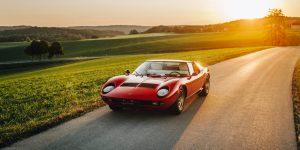 Lamborghini Miura P400 từng thách thức Ferrari vào năm 1966 như thế nào?