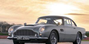 Ngắm nhìn Aston Martin DB5 trong No Time To Die lượn quanh đường đua Silverstone