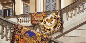 Chiêm ngưỡng vẻ đẹp quyến rũ của BST nội thất Home Versace mới nhất