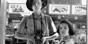 10 bộ phim tài liệu về nghệ thuật không thể bỏ lỡ trên Netflix
