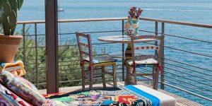 Được thiết kế bởi Dolce & Gabbana, lều nghỉ tại khách sạn Riviera lung linh đến kinh ngạc