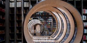 Lạc bước vào thư viện Zhongshuge đẹp như tranh siêu thực