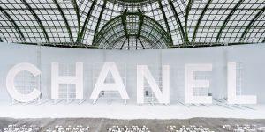 Chanel Xuân Hè 2021 – Khi thời trang quyện hòa cùng điện ảnh