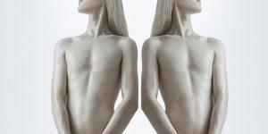 Nghệ thuật và siêu nhân học: Một góc nhìn độc đáo từ nghệ sĩ Ba Lan Joanna Grochowska