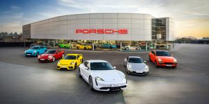 Con đường Porsche: Thương hiệu hiếm hoi chiến thắng đại dịch 2020