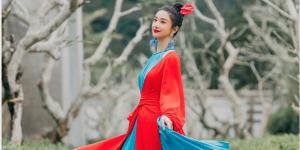 Áo tứ thân được nhiều sao Việt ưa thích dịp xuân về