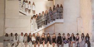Chanel Cruise 2021: Chỉ cần trắng và đen – Hai sắc thái thượng lưu