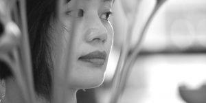 """Họa sĩ Nguyễn Thu Hương: """"Khoảng trống luôn là sự cân bằng hài hòa của ngôn ngữ trong tranh"""""""