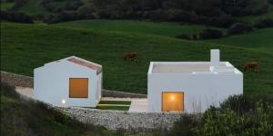 Hai ngôi nhà trắng: Cuộc trò chuyện giữa hai mảng kiến trúc