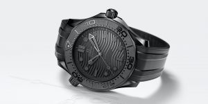 Đồng hồ Omega Seamaster 300M Black Black: Omega luôn độc nhất vô nhị