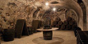 """Chơi và sưu tầm rượu (P3): Thế hệ """"Phú nhị đại"""" tìm kiếm rượu vang nhỏ hoặc kín tiếng"""