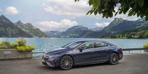 BMW dự định thu phí một số ứng dụng, giới mê xe phản ứng
